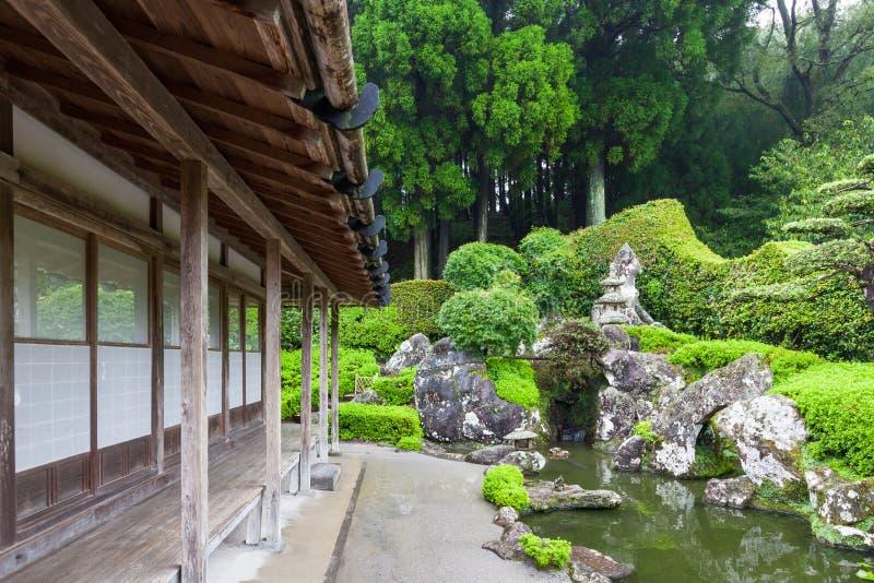 Casa e jardim do samurai em Chiran imagens de stock royalty free