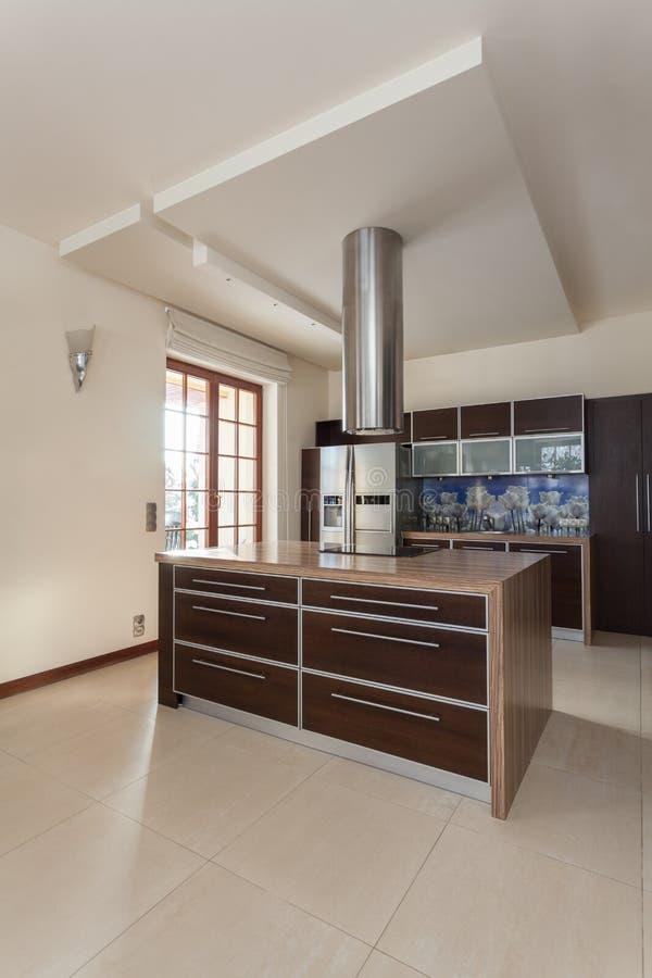 Casa elegante - interior da cozinha imagens de stock