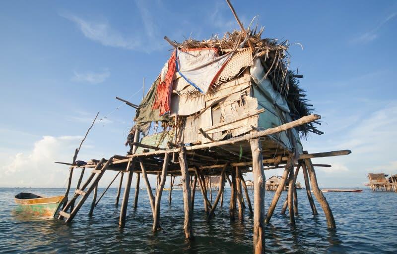 Casa em stilts de madeira imagens de stock royalty free