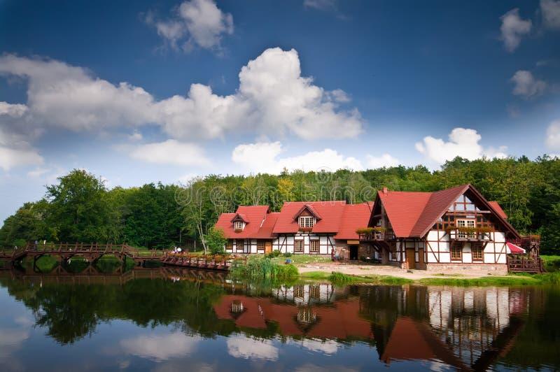 Casa en el agua foto de archivo libre de regalías