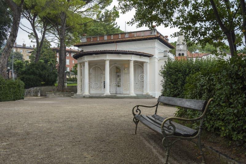 Casa en el parque, Opatija, Croacia imagen de archivo libre de regalías