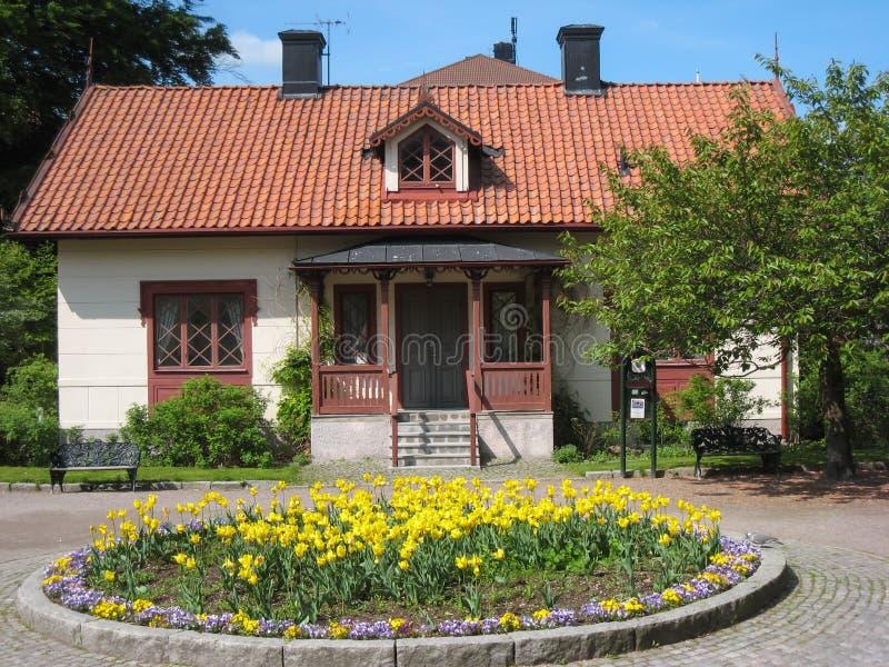 Casa en la entrada a Tradgardsforeningen. Linkoping. Suecia imágenes de archivo libres de regalías