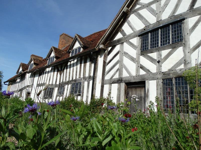 A casa, a exploração agrícola & os jardins de Mary Arden fotos de stock royalty free