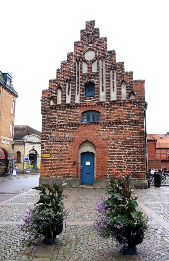 Casa fatta un passo del timpano a Stortorget, Ystad, Svezia fotografie stock