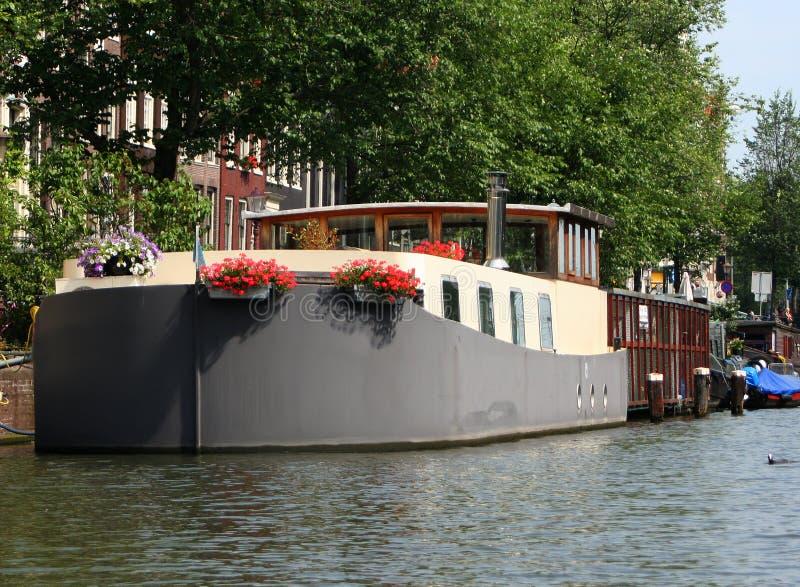 Casa flotante de Amsterdam fotografía de archivo