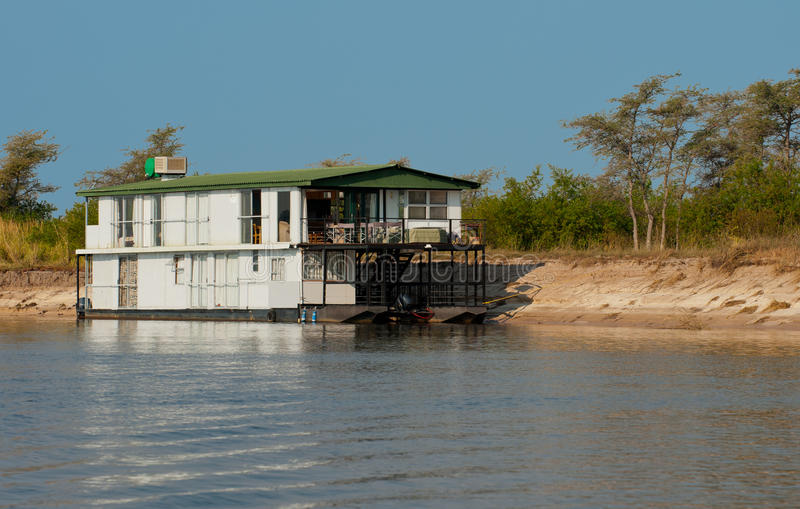 Casa flutuante africana foto de stock royalty free