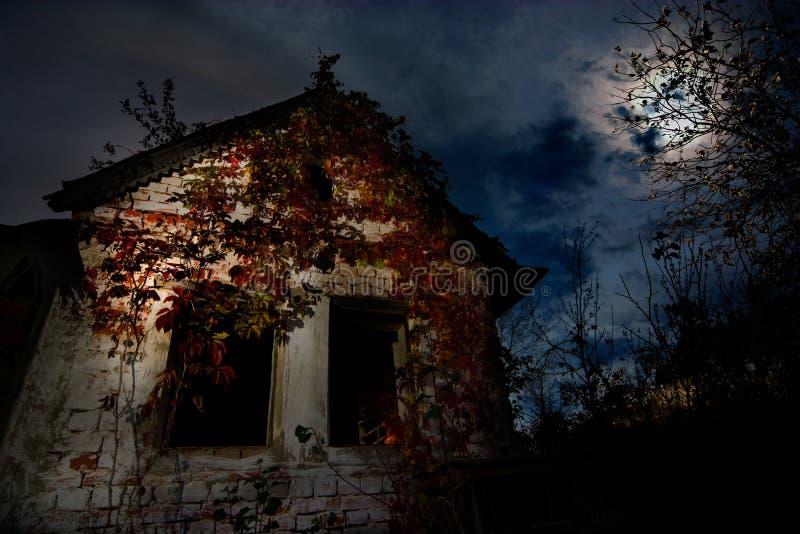 Casa frecuentada fotografía de archivo