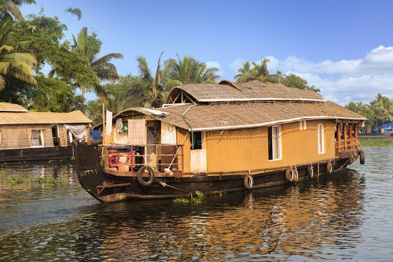 Casa galleggiante del Kerala in India del sud fotografia stock libera da diritti