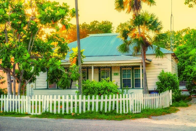 Casa grande da baía do Caimão-oeste fotos de stock royalty free