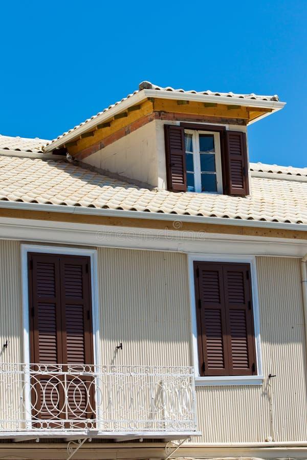 Casa greca immagine stock immagine di pesca domestico for Piccole case di rinascita greca