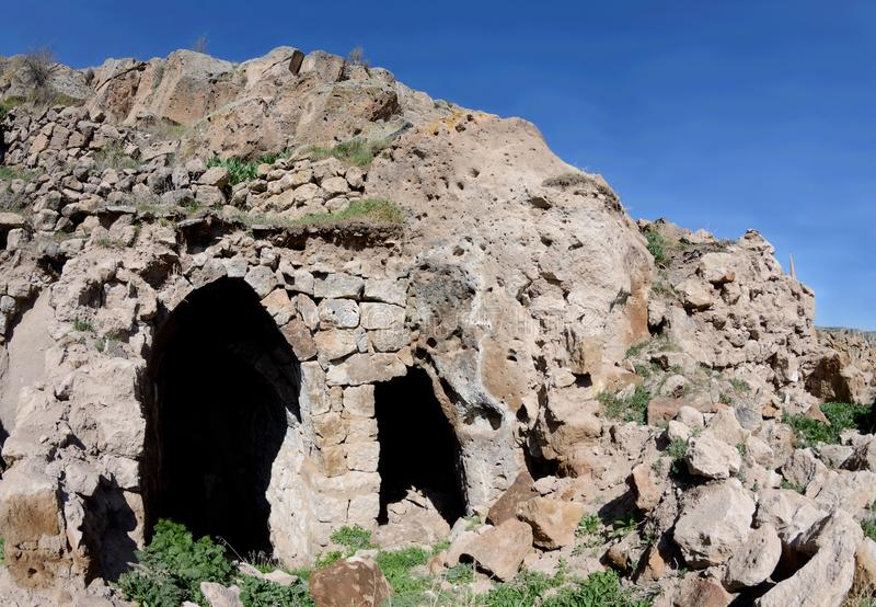 Casa grega arruinada velha na vila medieval abandonada, Cappadocia, Turquia fotos de stock