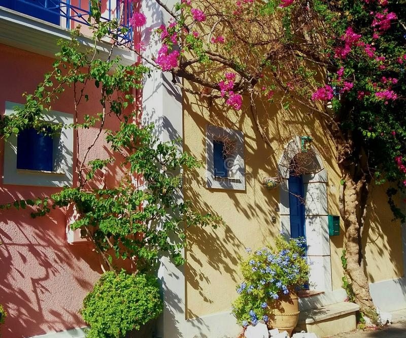 Casa grega no verão foto de stock