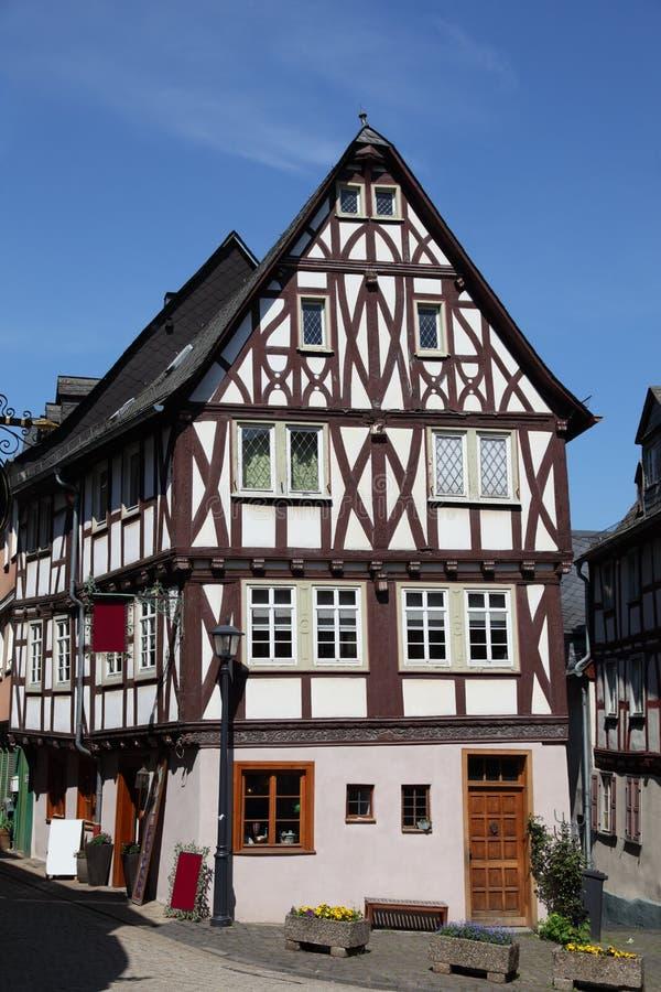 Casa half-timbered tradicional fotos de archivo