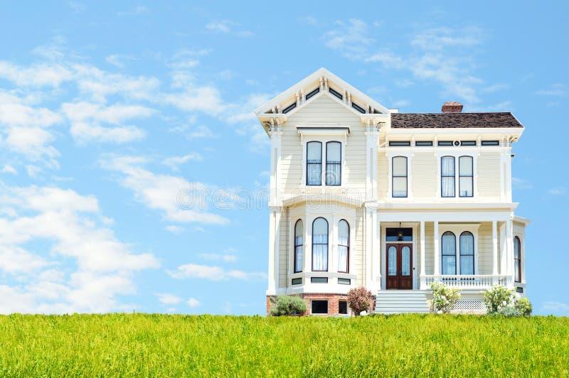 Casa hermosa foto de archivo