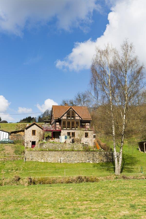 Casa hermosa de Eifel, Alemania fotos de archivo