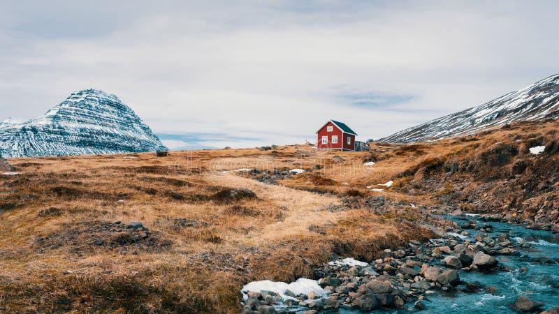 Casa islandesa sola fotografía de archivo libre de regalías