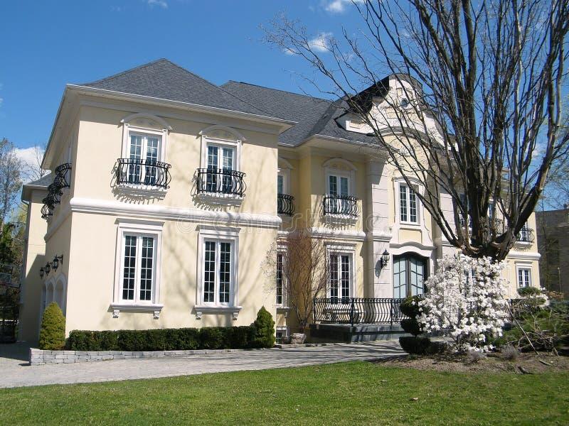 Casa ligera muy bonita 2010 de Thornhill fotografía de archivo libre de regalías