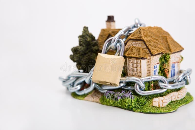 Casa locked bonita fotografia de stock royalty free