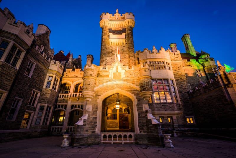 Casa Loma alla notte, nel Midtown Toronto, Ontario immagini stock libere da diritti