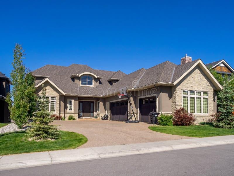 Casa luxuosa, Calgary foto de stock royalty free