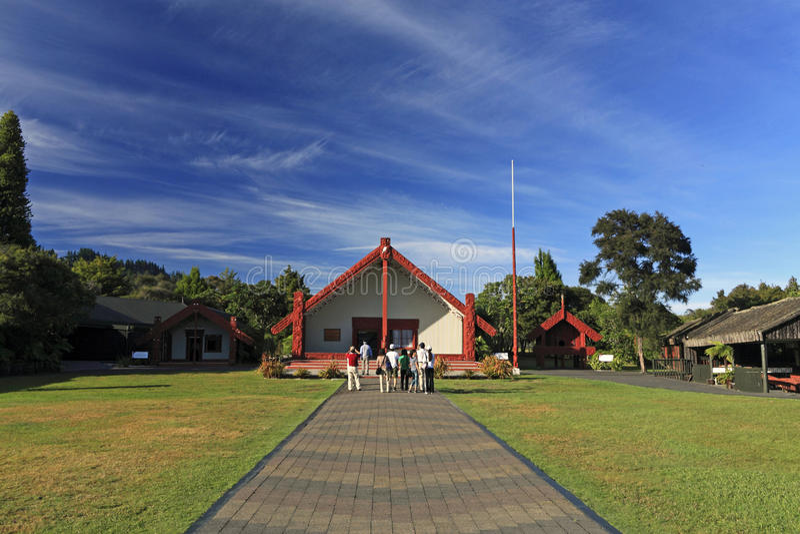 Casa maori famosa em Rotorua fotos de stock royalty free