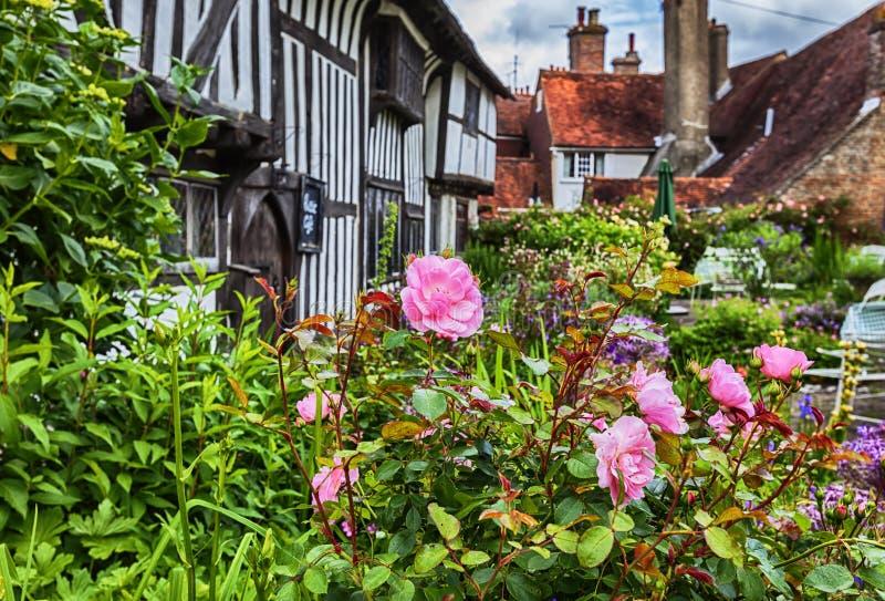 Casa medieval vieja en la ciudad de la batalla, Inglaterra foto de archivo libre de regalías