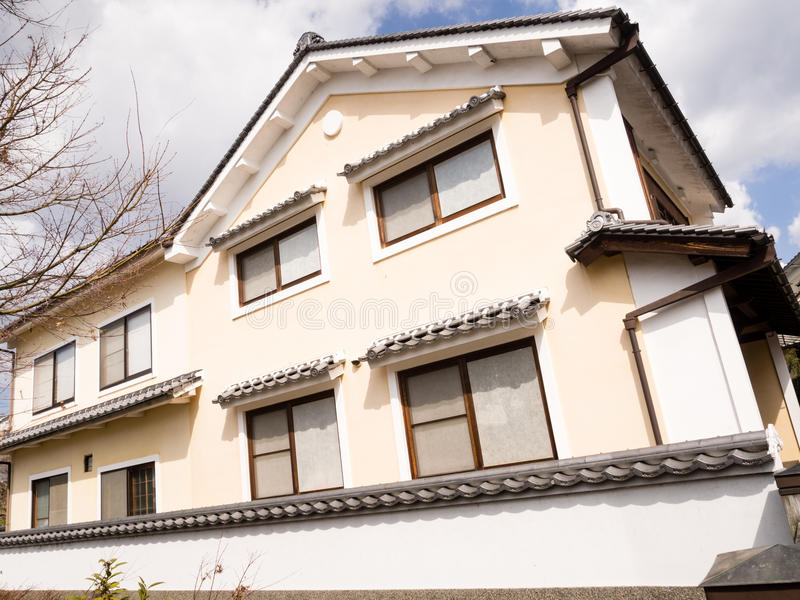 Casa mercantile giapponese tradizionale immagine stock for Casa giapponese tradizionale