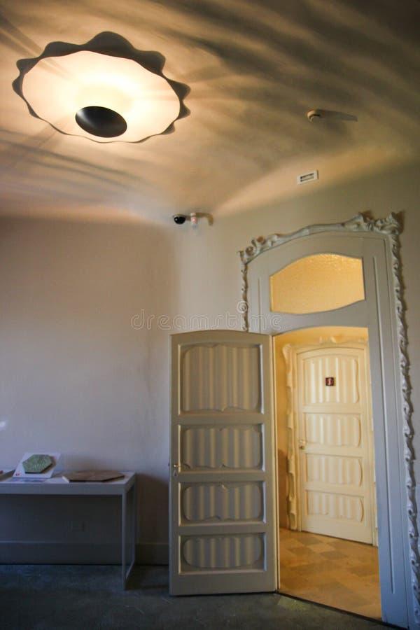 Casa Mila (La Pedrera) - detalhe da sala, Barcelona foto de stock royalty free
