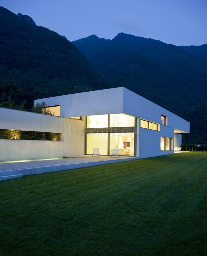 Casa moderna imagen de archivo