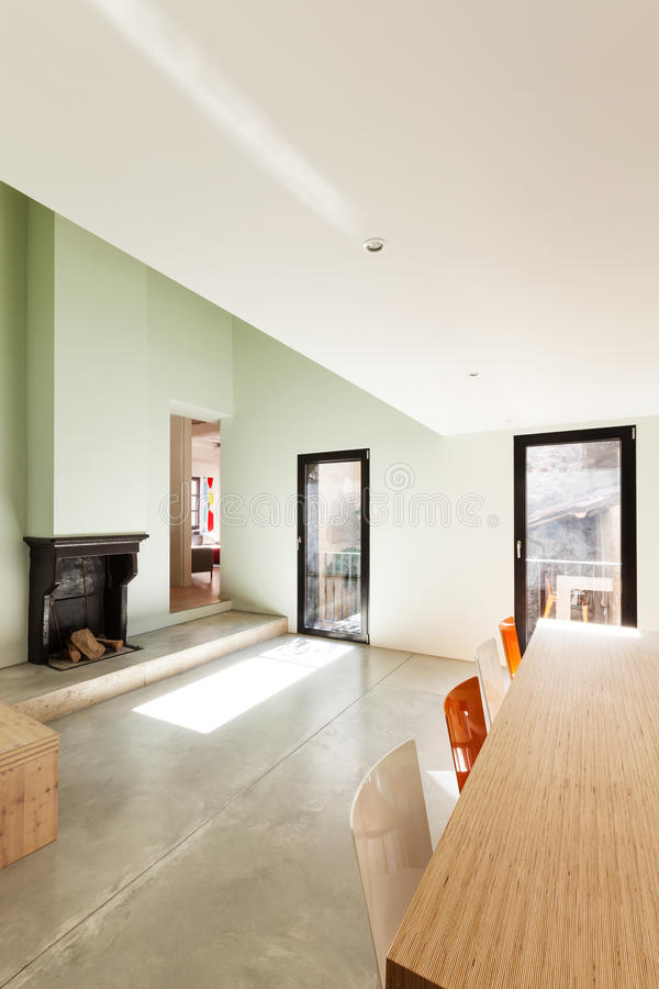 Casa moderna bonita imagem de stock royalty free