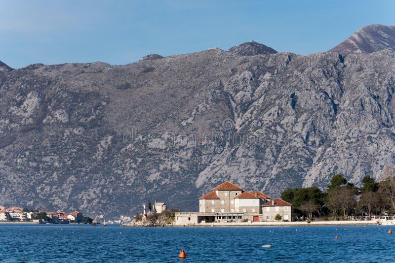 Download Casa Na Praia Do Mar De Adriático Imagem de Stock - Imagem de fundo, azul: 65578999