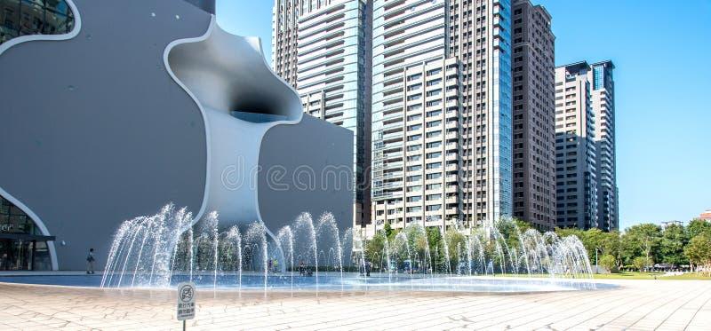Casa nacional de Taichung Metropolitan Opera, teatro de Taichung, projetado pelo arquiteto Toyo Ito imagens de stock royalty free