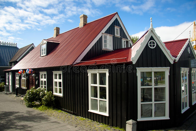 casa nordica vecchia a reykjavik fotografia stock