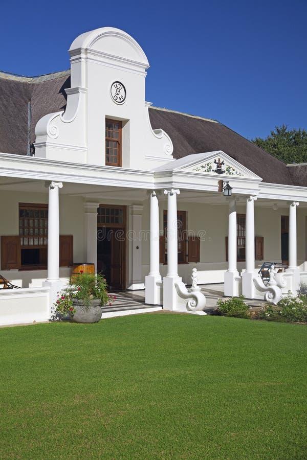 Casa olandese nei winelands, Sudafrica di stile del capo fotografia stock libera da diritti