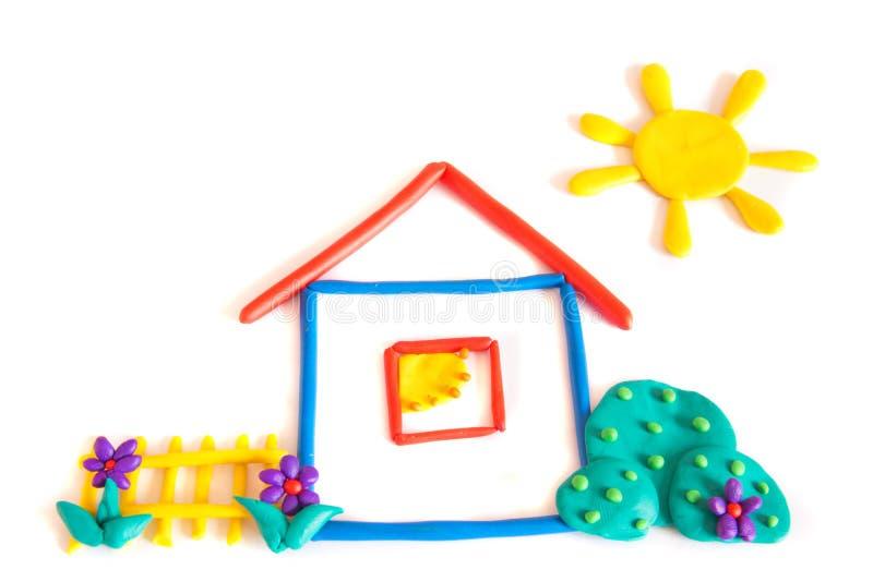 Casa pequena do Plasticine foto de stock