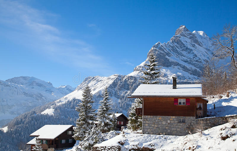 Casa per le vacanze di inverno fotografia stock
