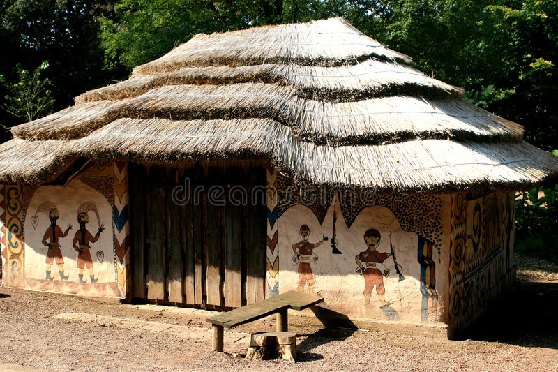 Casa pintada africana imagen de archivo libre de regalías