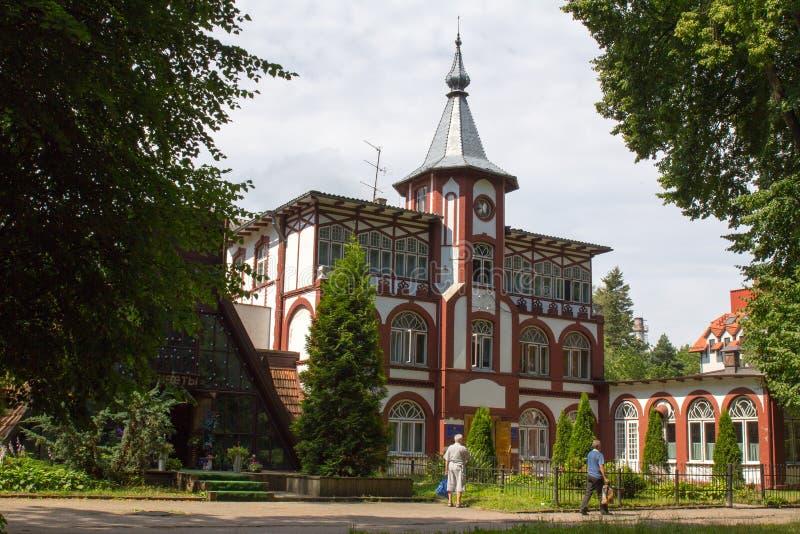 Casa pintoresca vieja en Svetlogorsk imagen de archivo