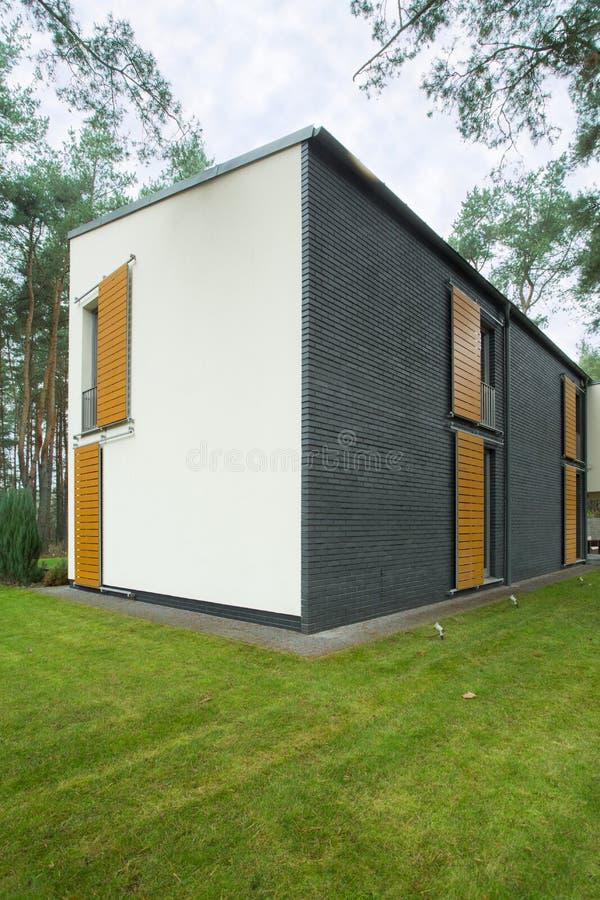 Casa quadrata immagine stock immagine di possesso for Planimetrie della casa quadrata