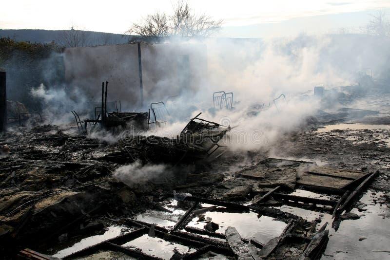 Casa queimada imagens de stock royalty free