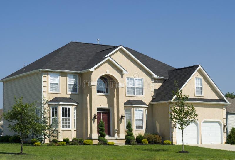 Casa residencial nova imagens de stock