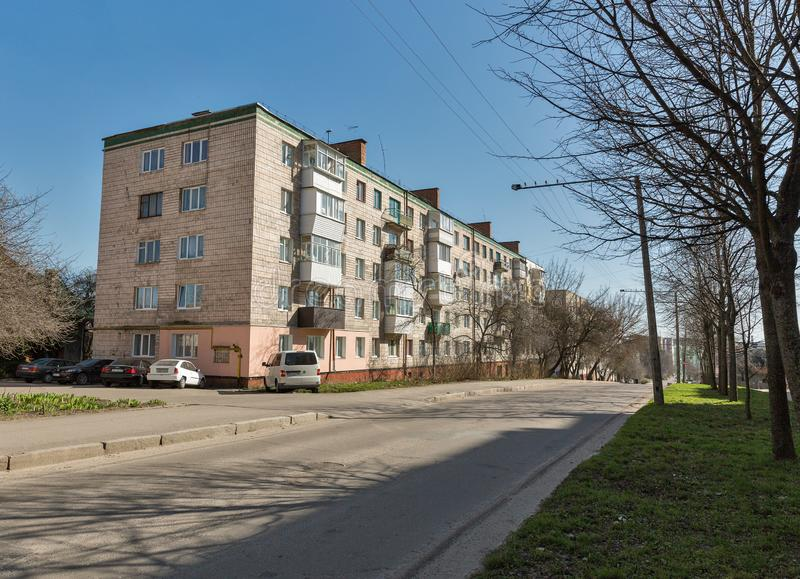 Casa residencial vieja en Rovno, Ucrania foto de archivo