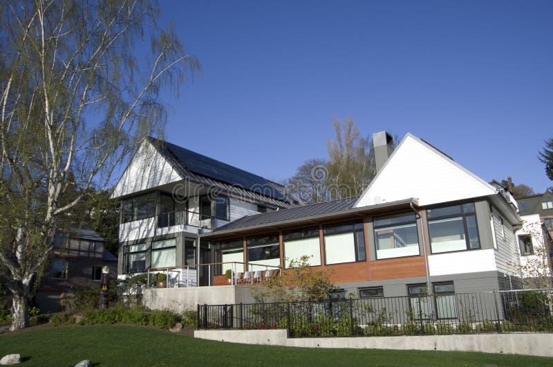 Casa ricca Seattle della famiglia fotografia stock libera da diritti