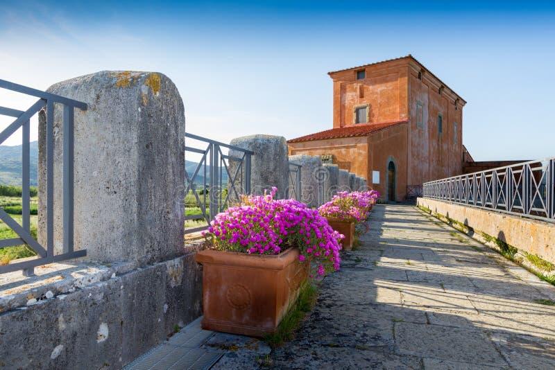 Casa Rossa Ximenes i Tuscany, Italien arkivfoto