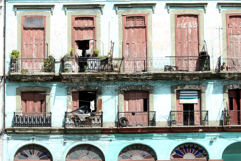 Casa rovinata in Cuba fotografia stock