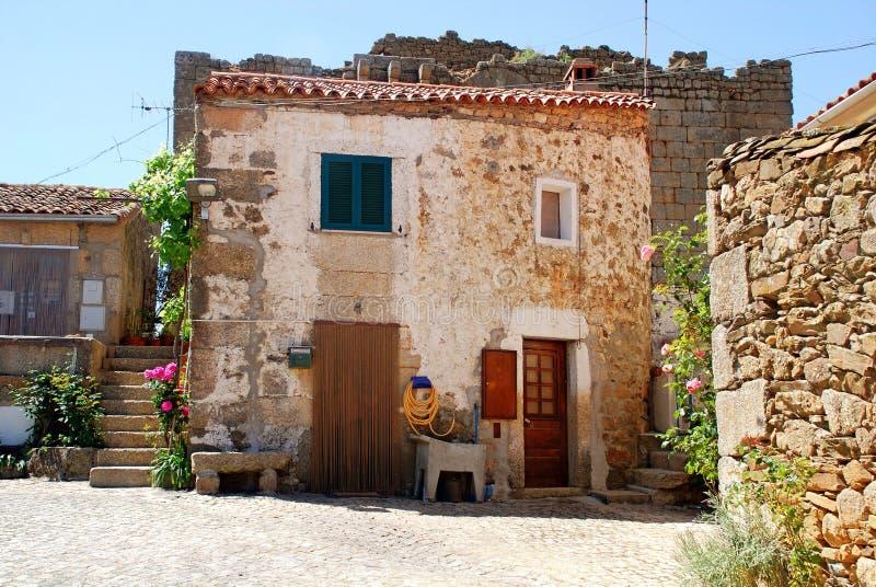 Casa rural de pedra velha portugal foto de stock imagem 28345780 - Casa rural lisboa ...