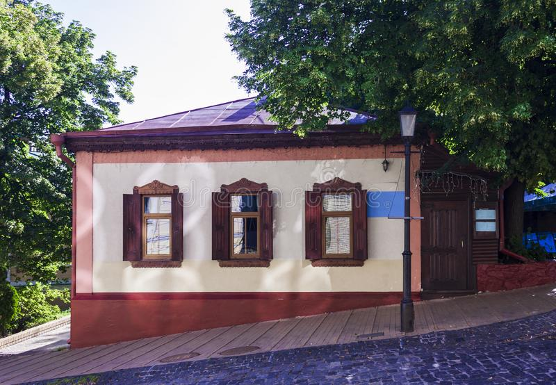 Casa rural en la parte histórica de Kiev, Ucraine fotos de archivo
