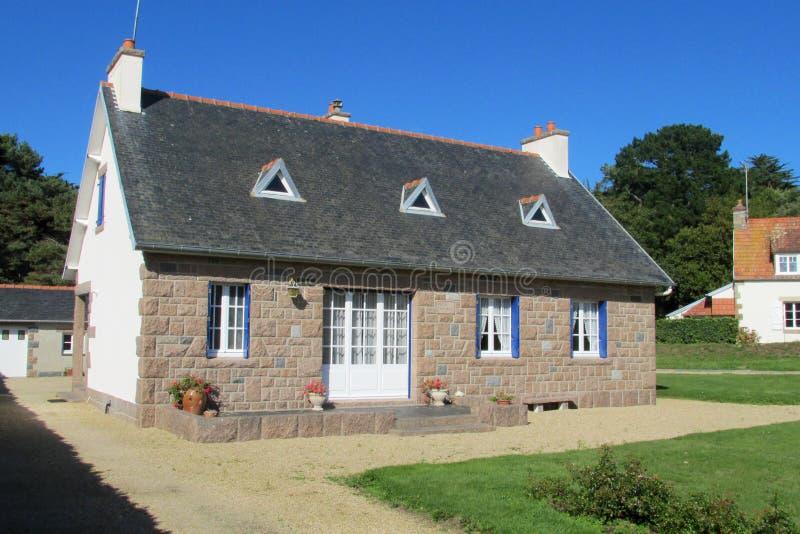 Casa rural francesa agradable fotografía de archivo
