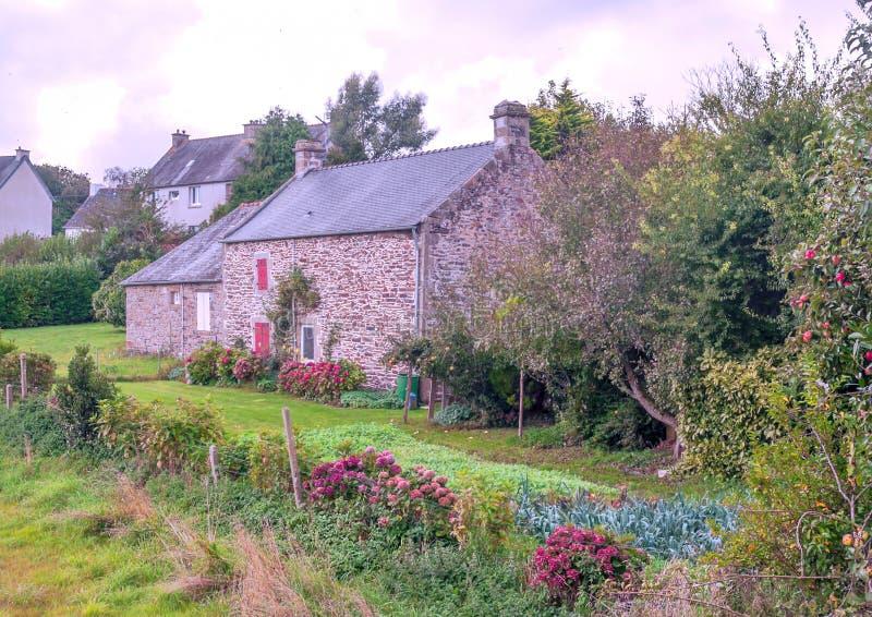 Casa rural no brittany francês imagens de stock