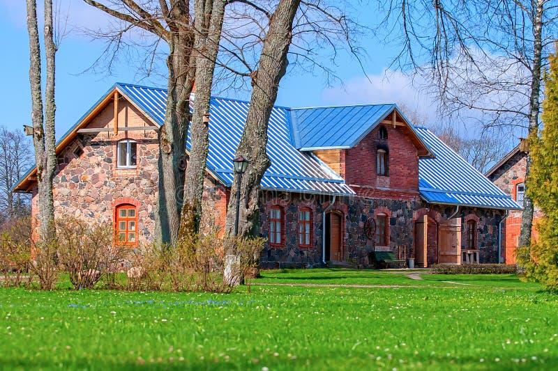 Casa señorial del castillo de Birini imagen de archivo libre de regalías